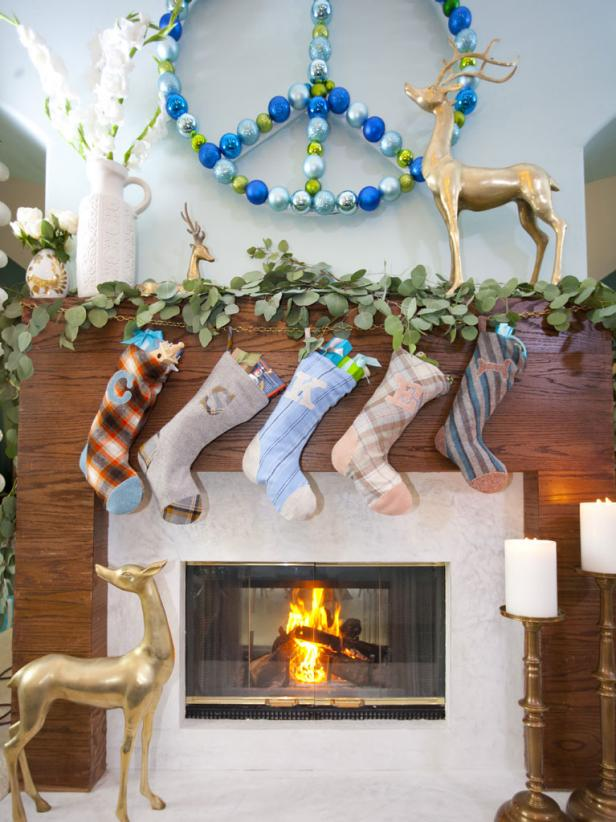 photo by anders krusberg 2013 hgtvscripps networks llc all rights reserved - Mantelpiece Christmas Decorations
