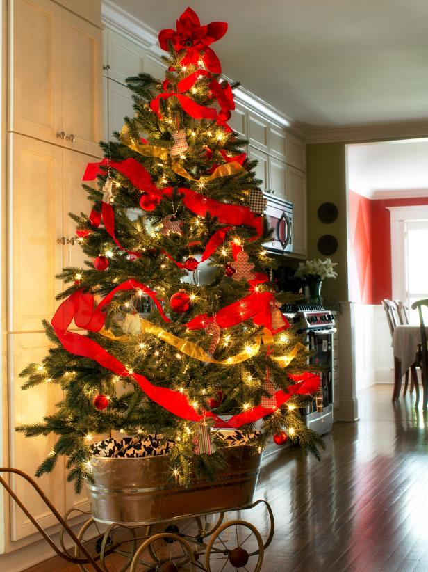 Mobile Holiday Tree With Kitchen-Inspired Ornaments