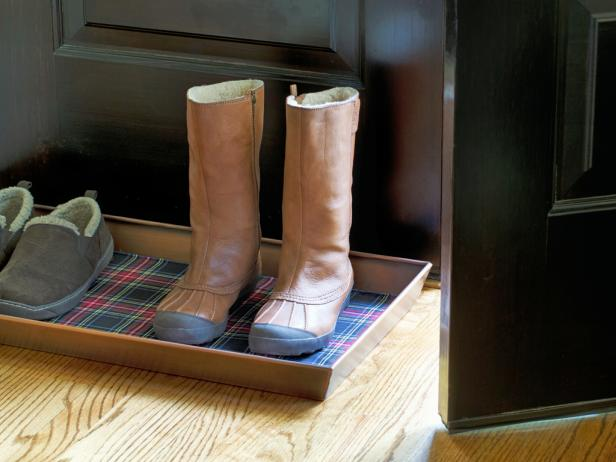 Holiday Plaid Boot Tray