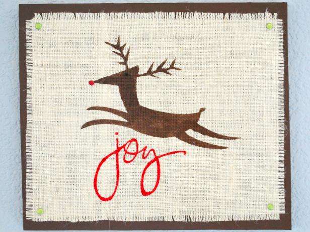 Easy Burlap Reindeer Wall Art