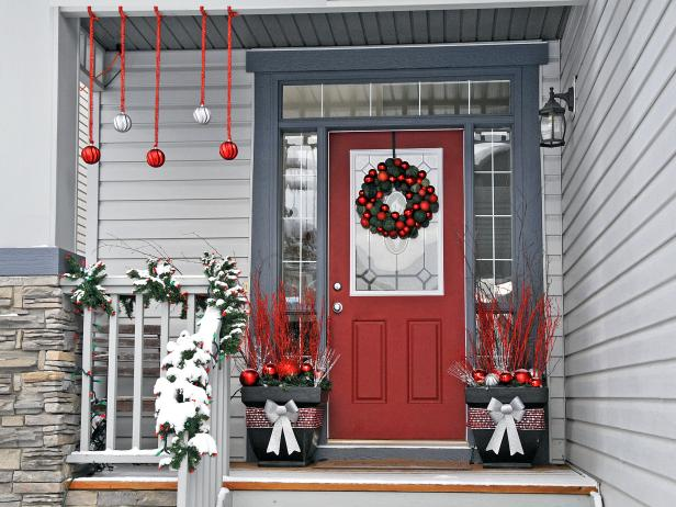 traditional entryway decorated for christmas - Decorating Front Porch Urns For Christmas