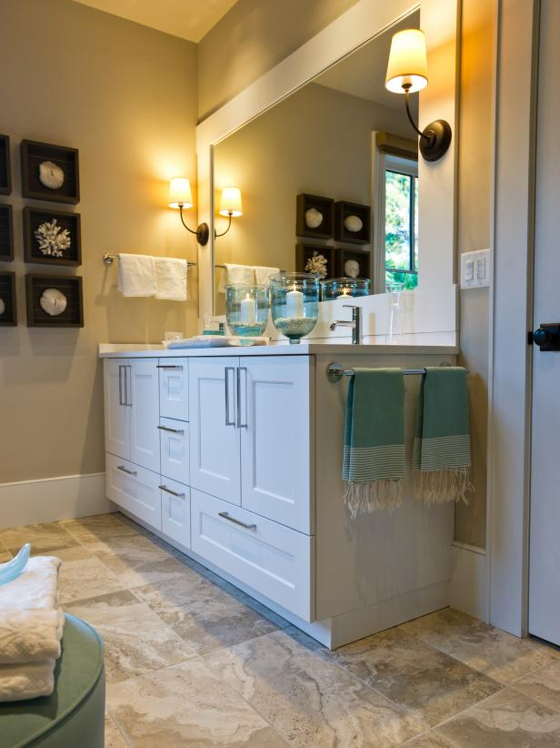 White Double Vanity With Blue Striped Towels