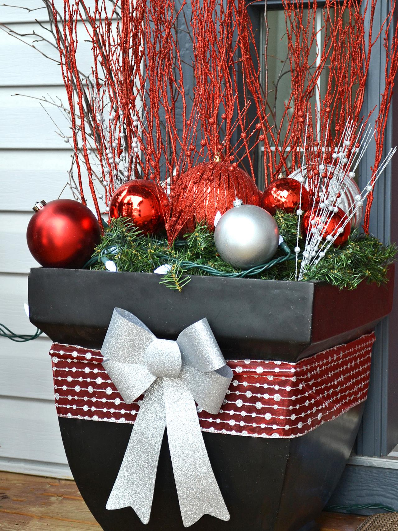 festive front porch planter