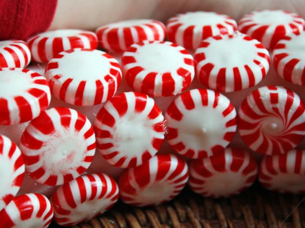 original_Myra-Hope-peppermint-candy-wreath-step-two_s4s3