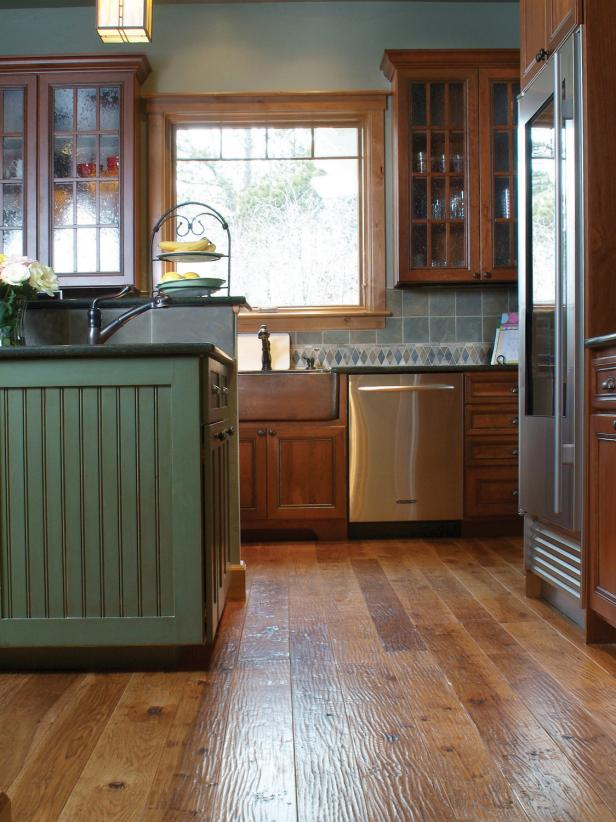 Kitchen With Reclaimed Hardwood Flooring