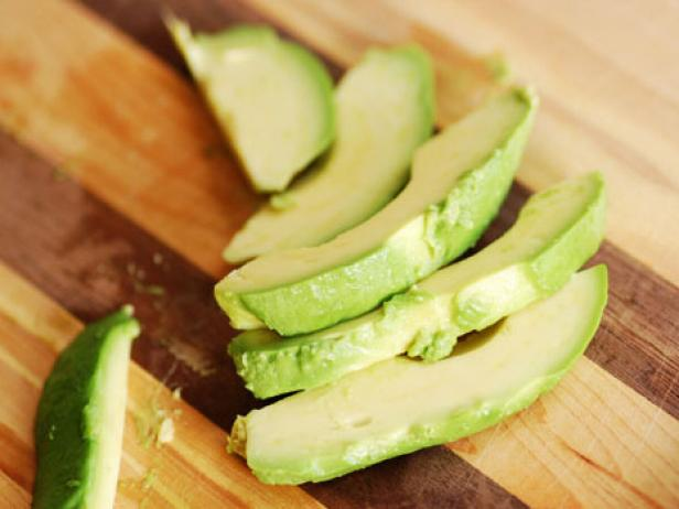 CI-A-Cozy-Kitchen_Avocado-Slices_s4x3