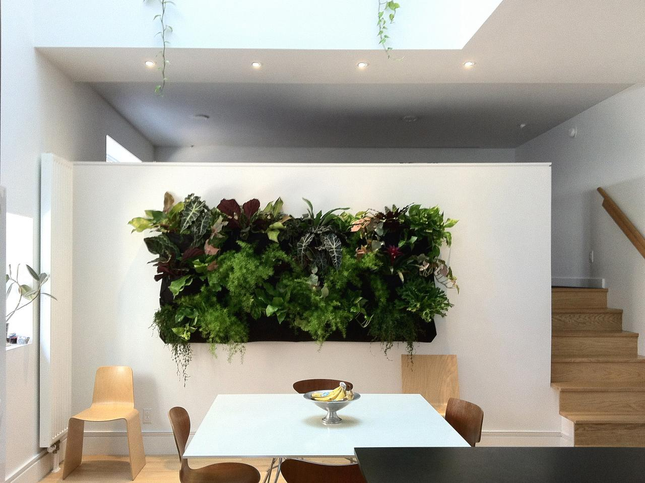 5: Vertical Garden. Dining Room ...