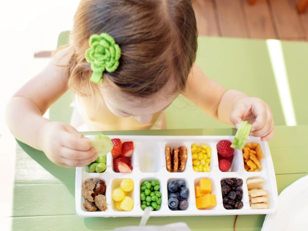 Ice Cube Tray Food Holder