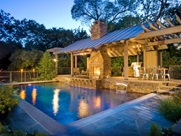 Contemporary Backyard With Outdoor Kitchen and Pool