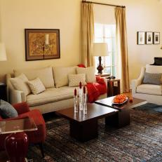 Eclectic Living Room With Oriental Rug