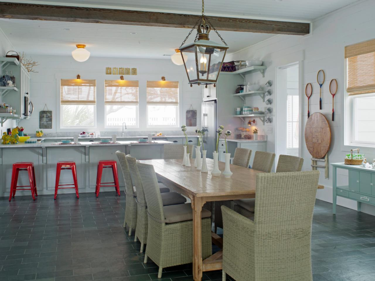 Cape cod kitchen design pictures ideas tips from hgtv for My kitchen design style