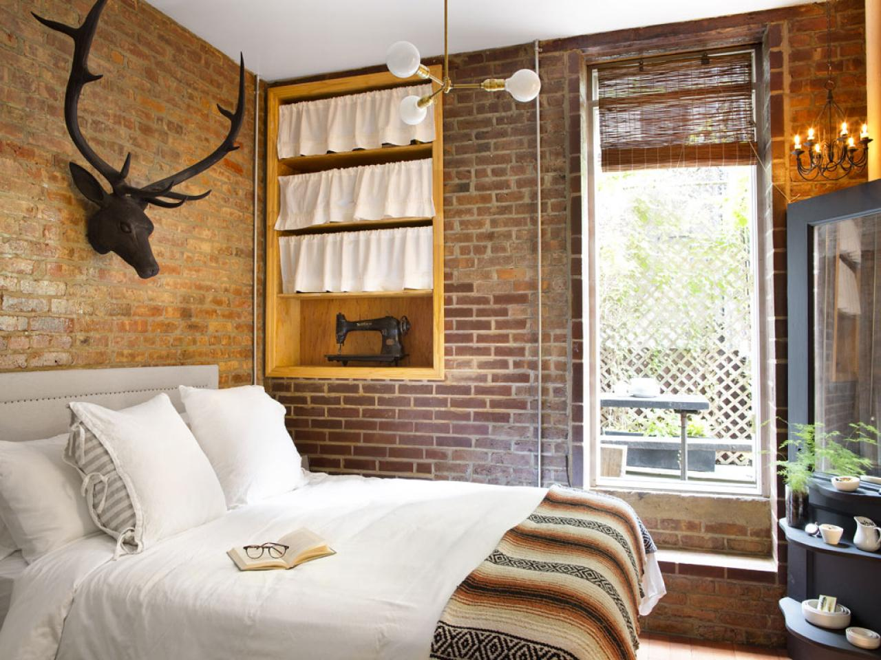 Decor Nyc New York Style In The Interior Bedroom With Exposed Brick And Antique Decor