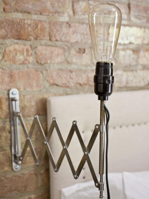 Exposed Bulb Sconce