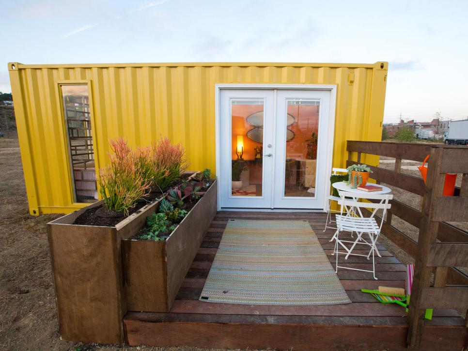 Living In Home 19 things tiny house dwellers about living small tiny house