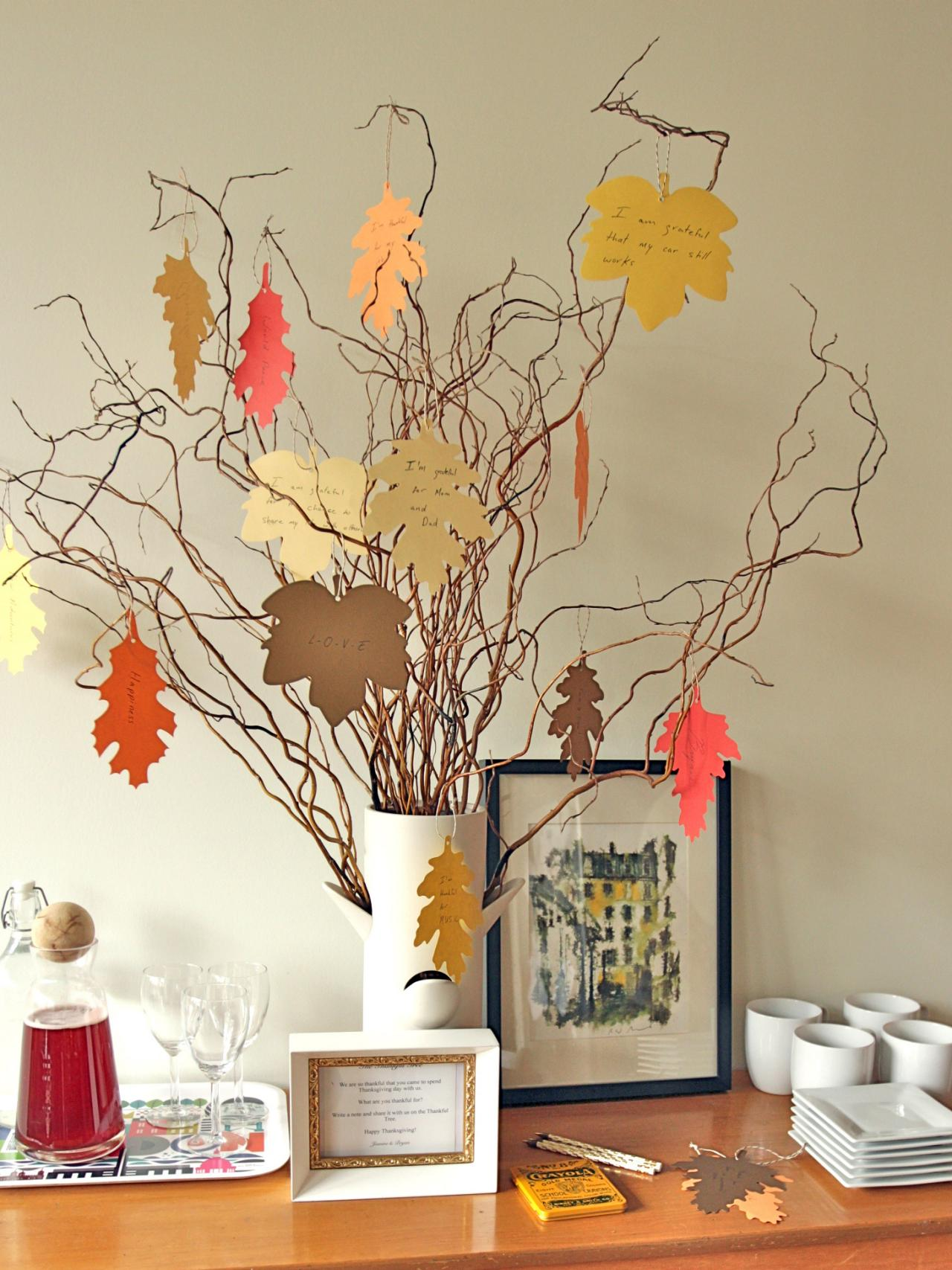 New Thanksgiving Tradition Create A Thankful Tree Hgtv