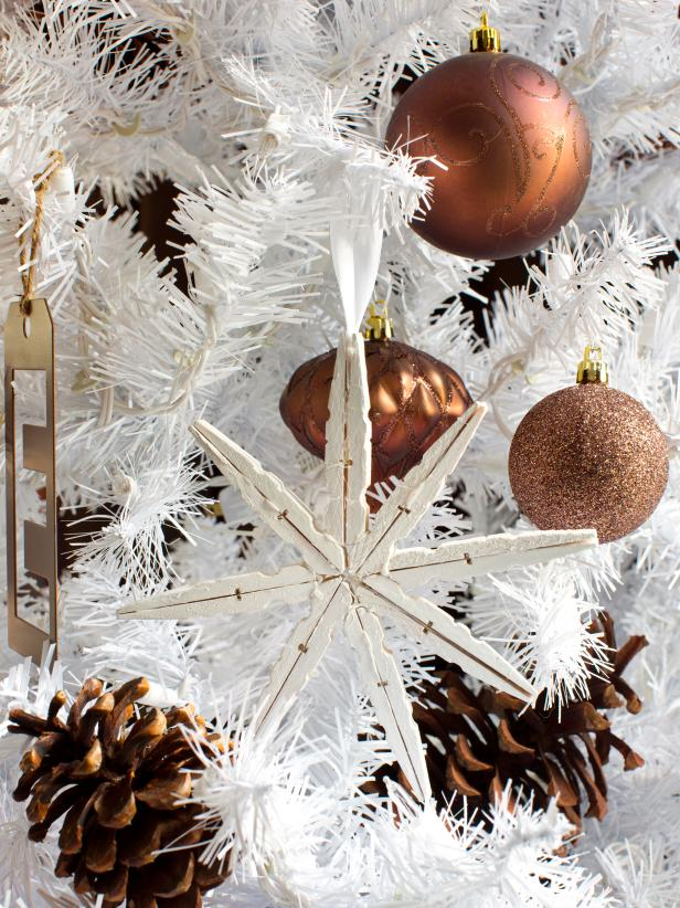 beautiful snowflake ornament - Elegant White Christmas Decorations