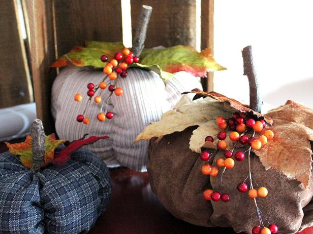 Easy-Sew Fabric Pumpkins