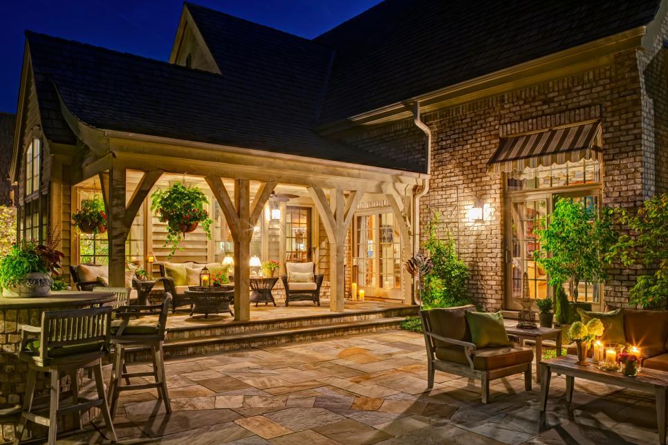10 Beautiful Backyard Designs | HGTV on Hgtv Backyard Ideas id=41727