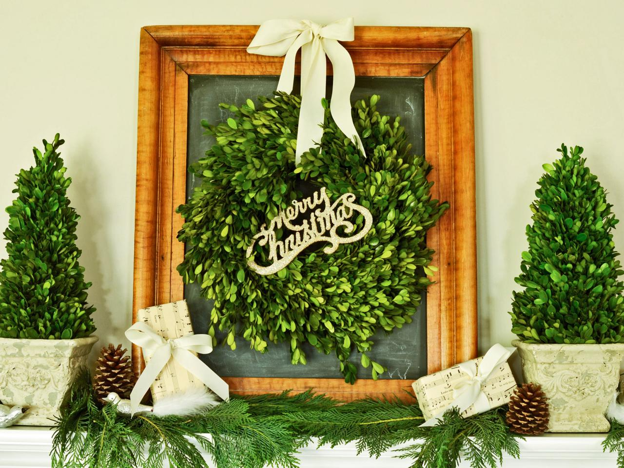 Christmas Topiary Decor.How To Make Boxwood Christmas Topiaries Hgtv