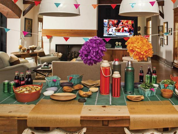 Casual Football Party Table