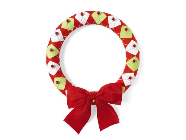 Holiday Argyle DIY Wreath With Jingle Bells