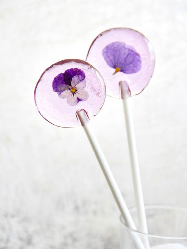 Original_Heather-Baird-Spring-Flower-Lollipop-Beauty_s3x4