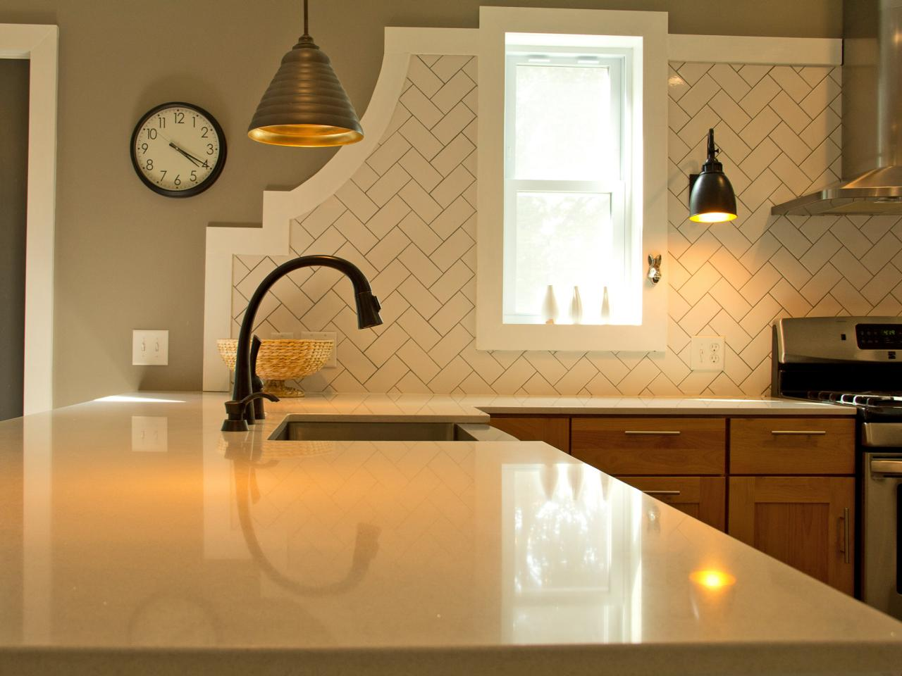Backsplash patterns pictures ideas tips from hgtv hgtv tags dailygadgetfo Image collections