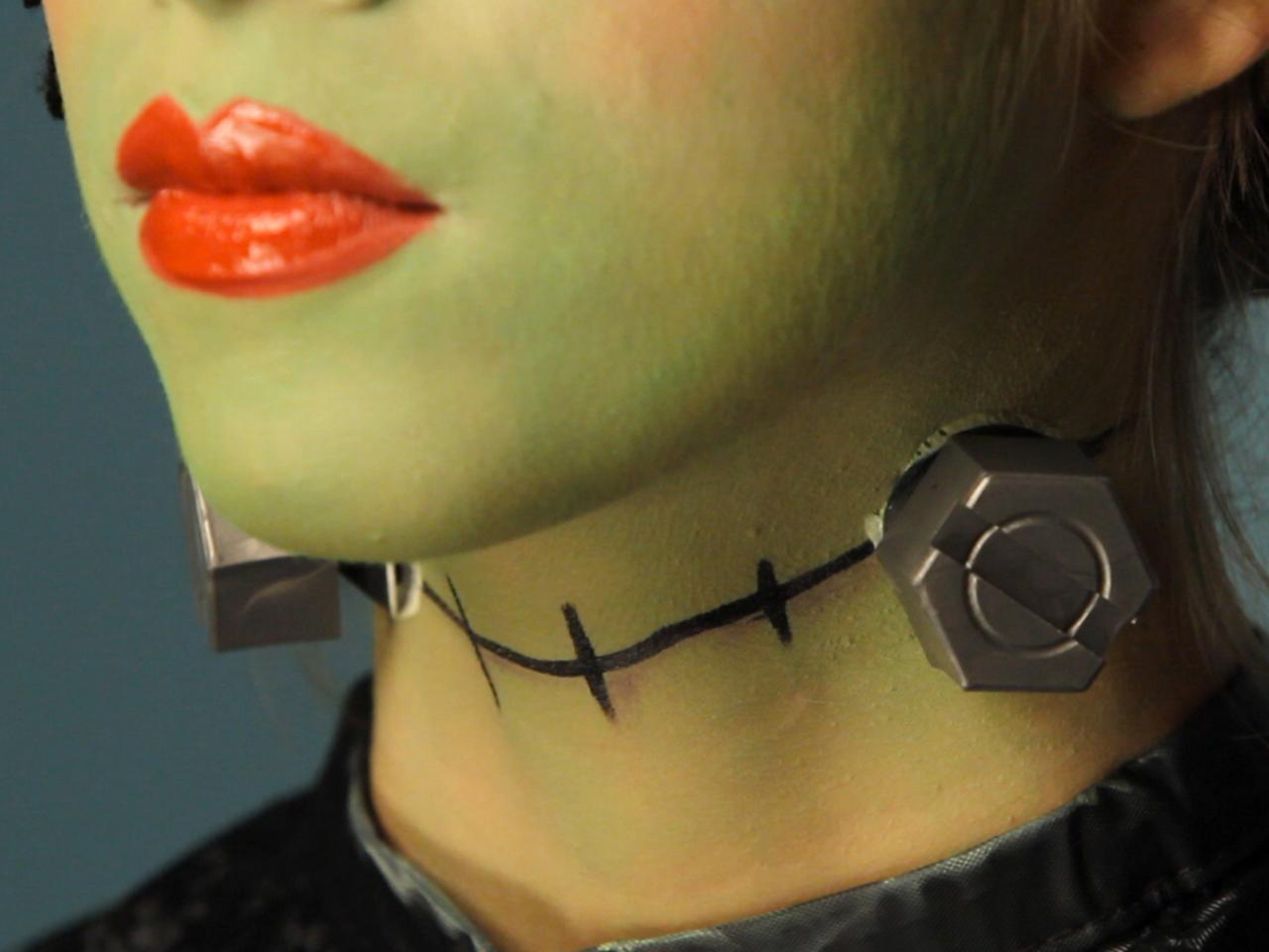 Kid's Halloween Makeup Tutorial: Frankenstein's Daughter | HGTV