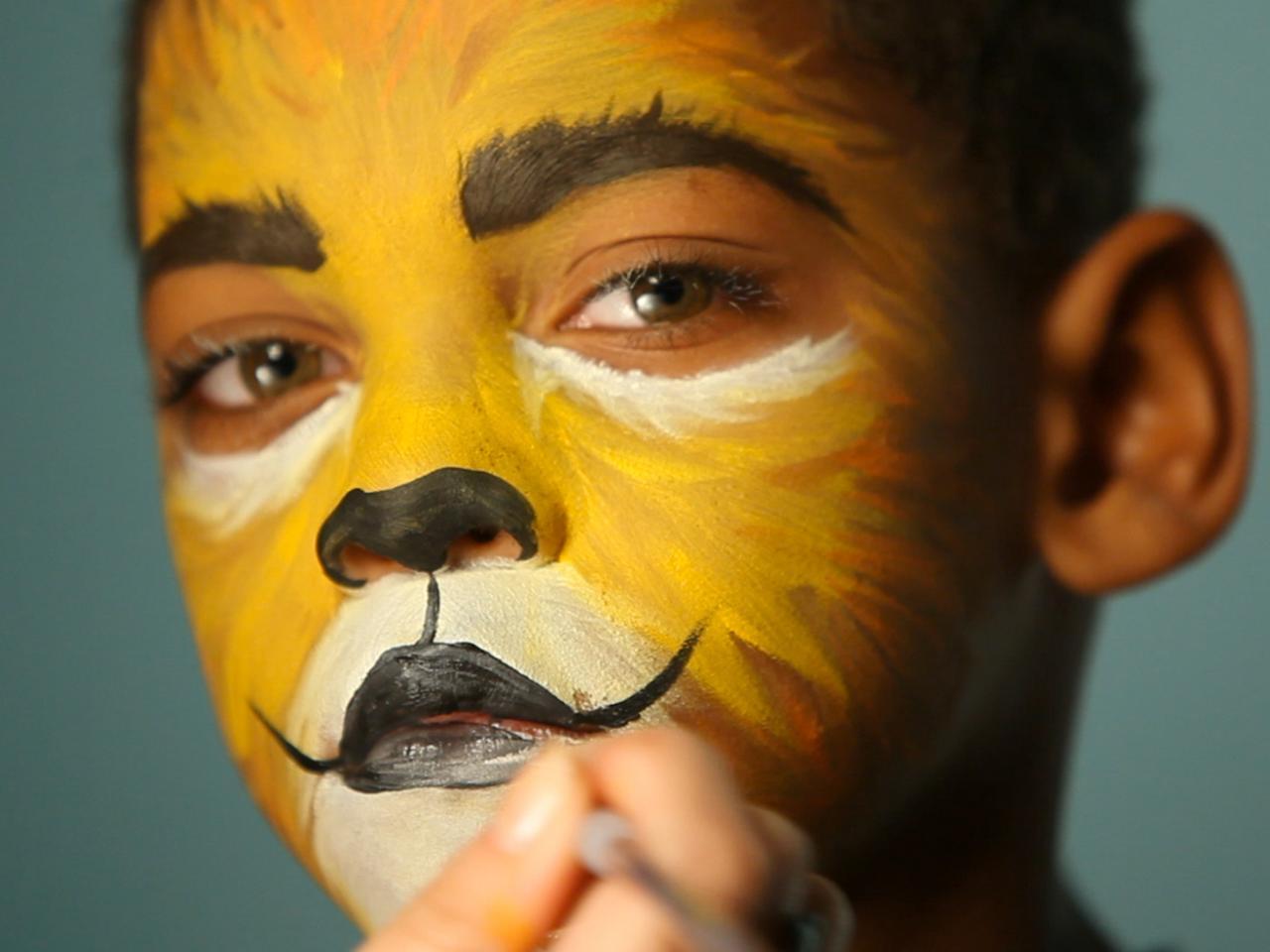 kid's halloween makeup tutorial: lion | hgtv