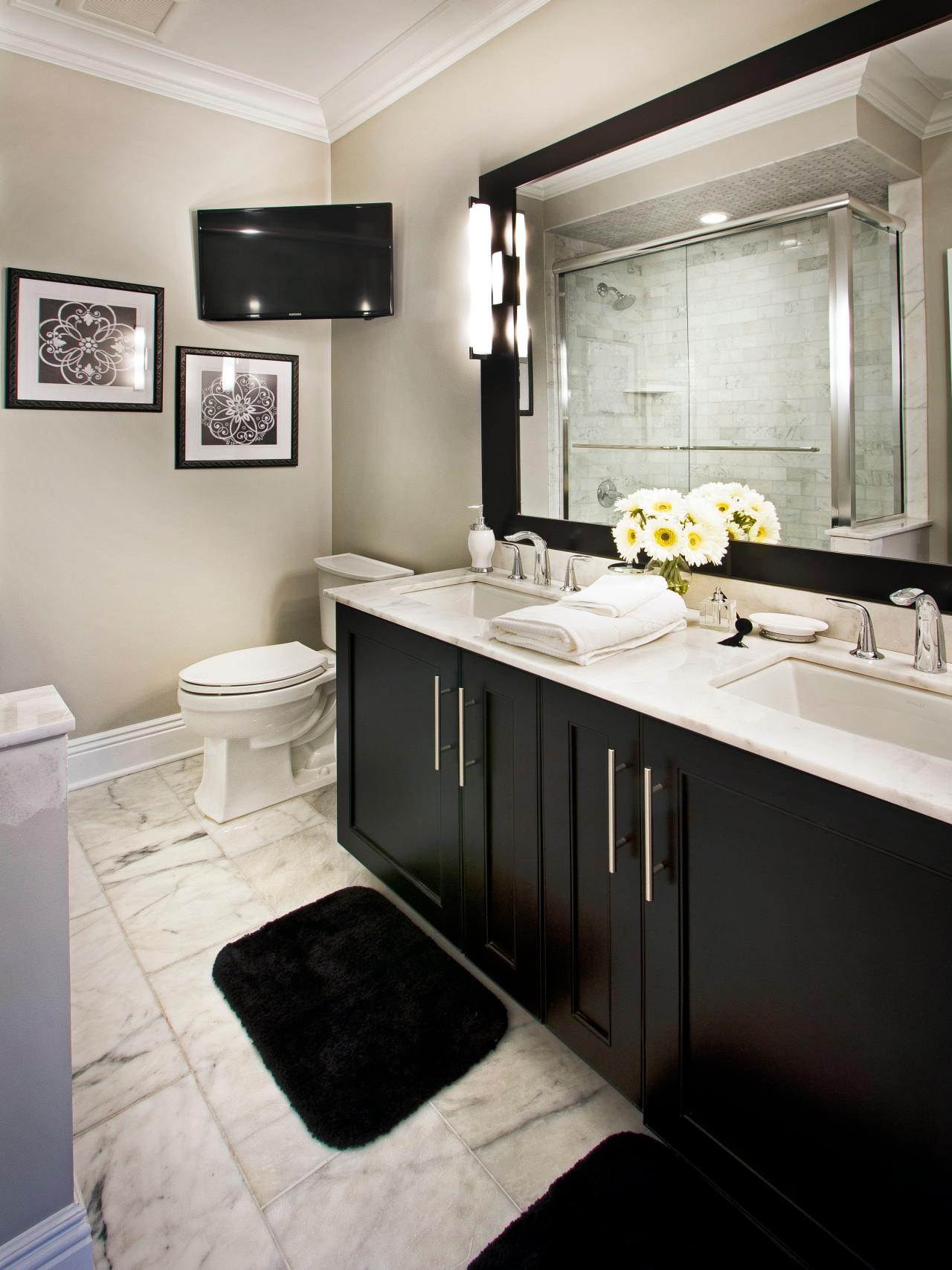Photo page hgtv for Black floor white walls bathroom