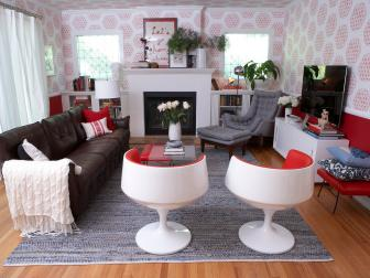 Stylish Living Room With Red Patterned Walls