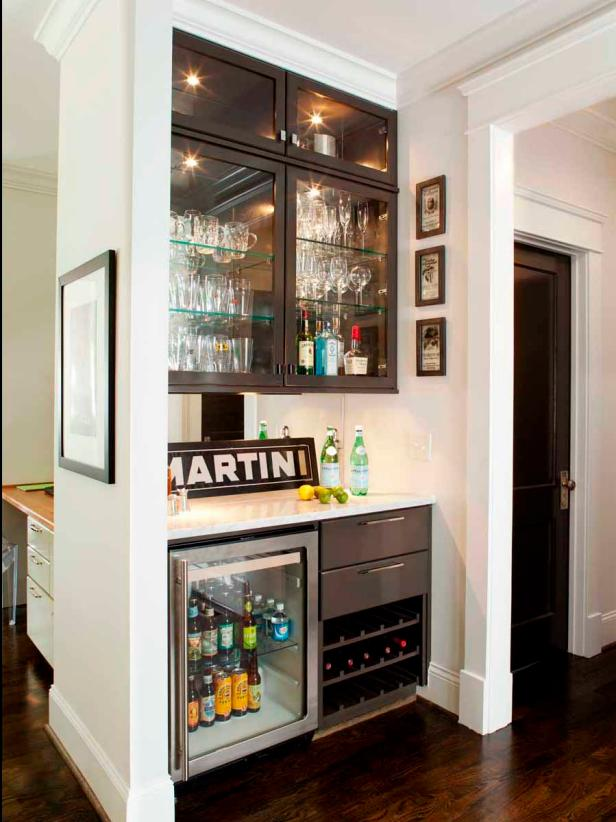 15 Stylish Small Home Bar Ideas | HGTV