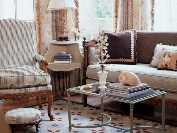 French Country Living Room Photos | HGTV
