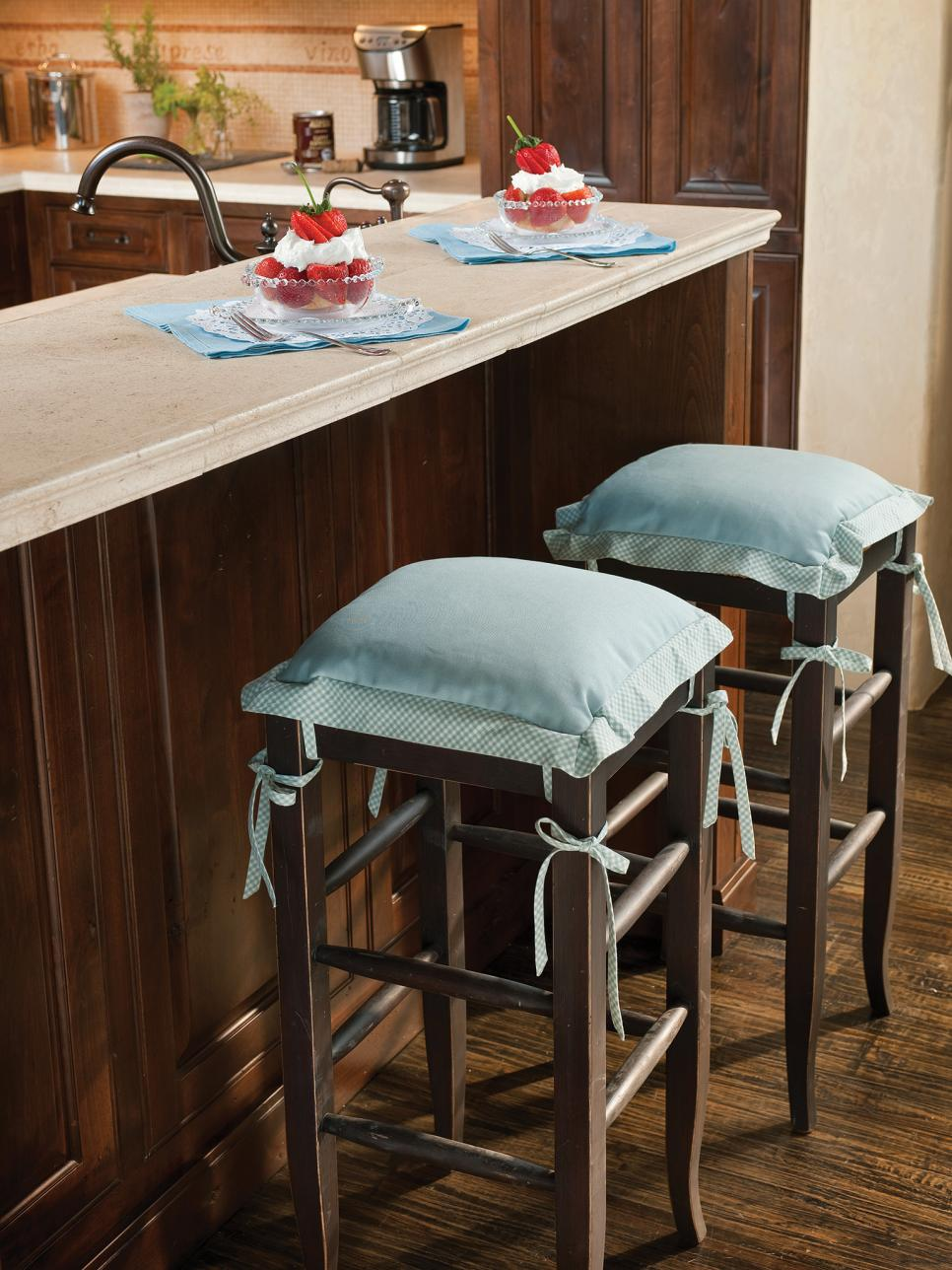 Wooden Kitchen Bar Stools With Blue Cushions