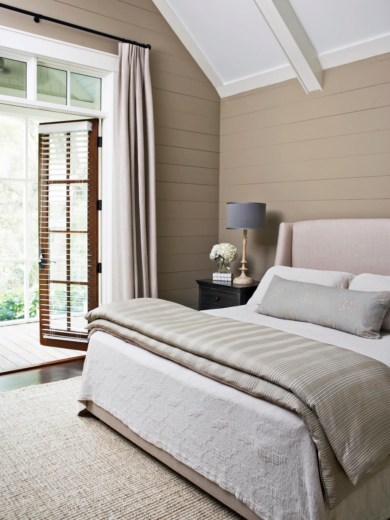 9 Add Horizontal Wood Planks To The Walls Small Neutral Bedroom