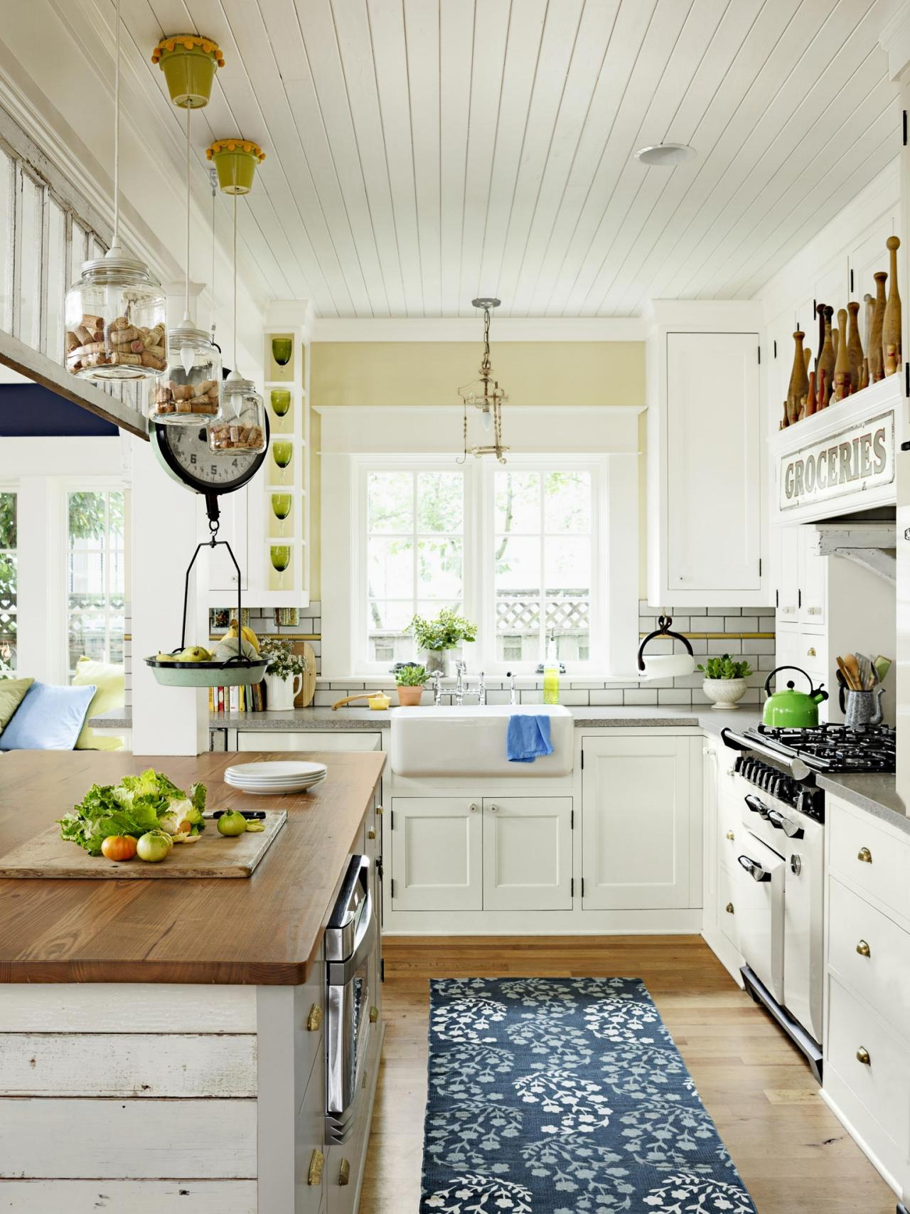 Kitchen Room Interior Design: Antique Kitchen Decorating: Pictures & Ideas From HGTV