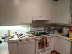 Before: Colorless Kitchen