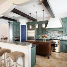 CI_Laura_Umansky-VIEW_OF_KITCHEN_FROM_ISLAND_8876_orig
