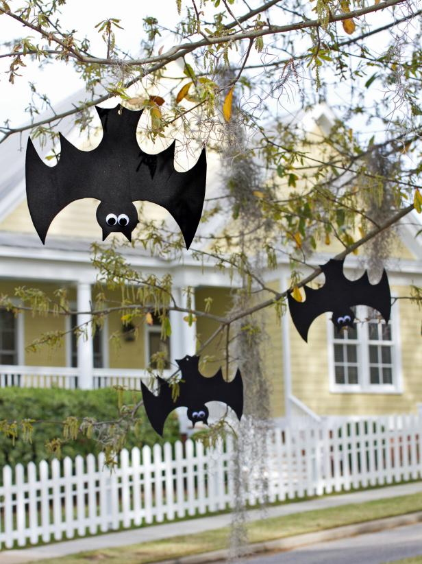 Outdoor Halloween Decorations For Kids Hgtv S Decorating