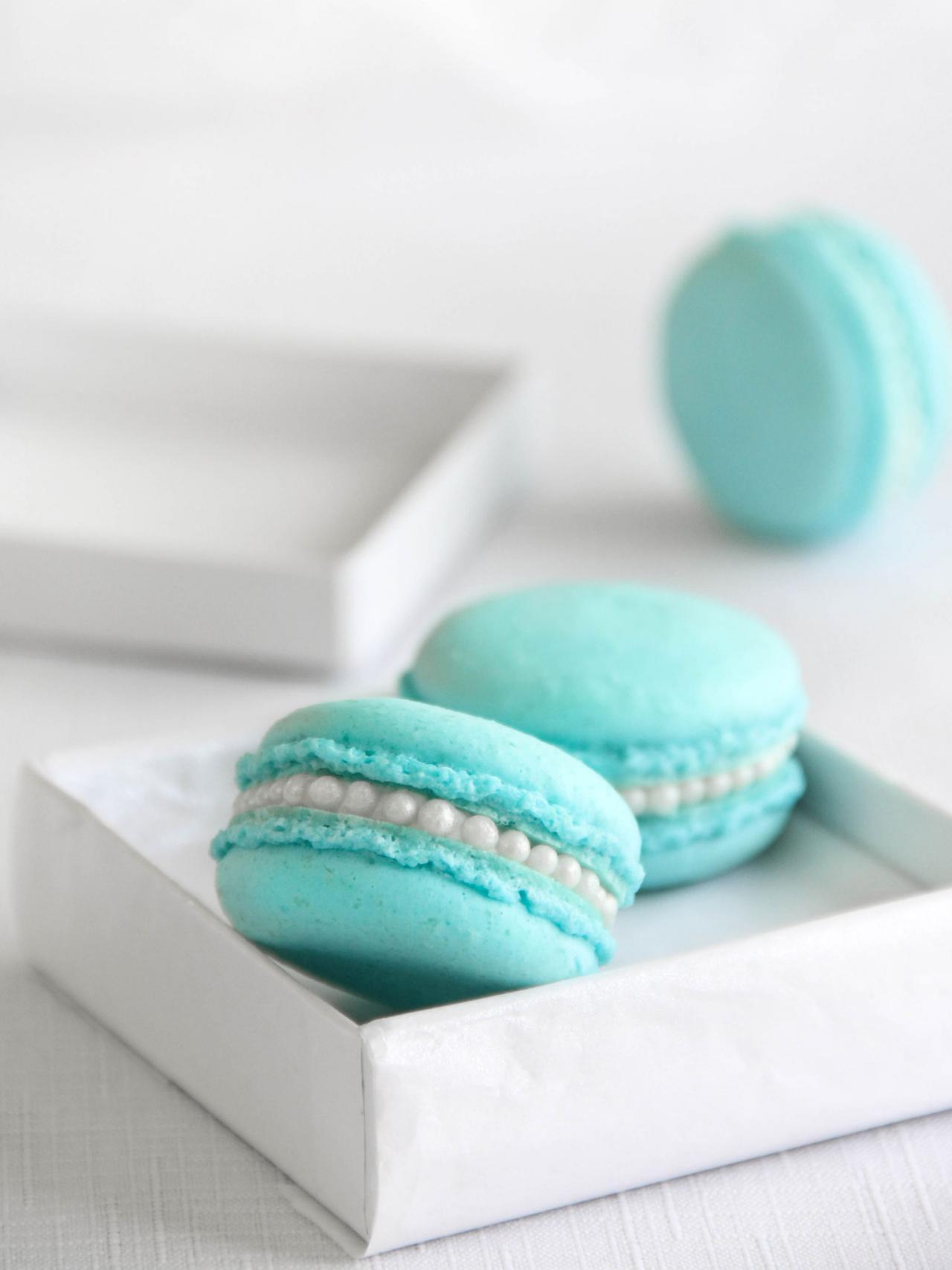 Tiffany Blue Macarons in Dainty Gift Box | HGTV