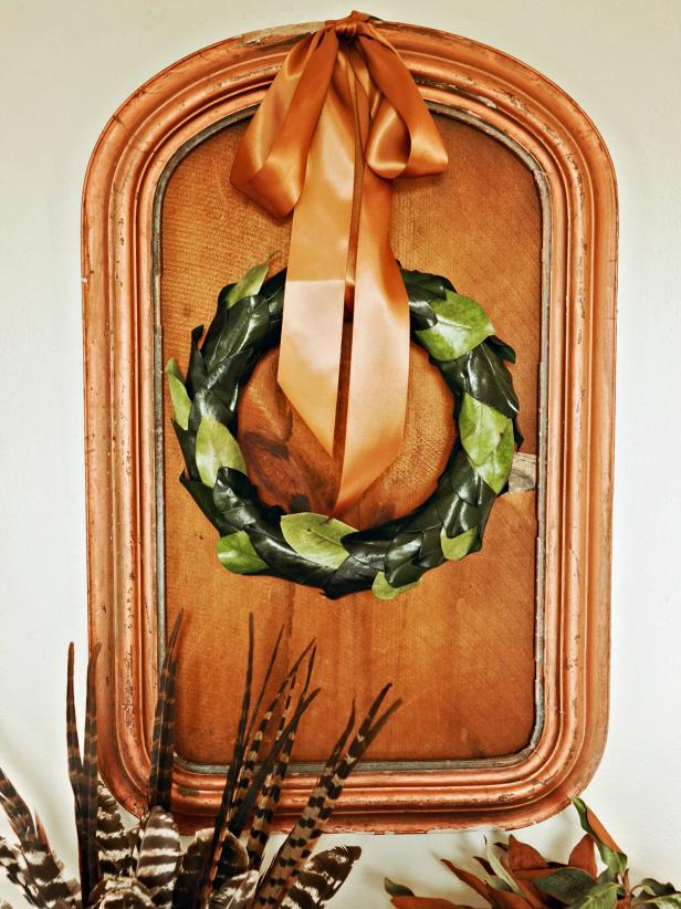 Simple Traditional Magnolia Leaf Holiday Wreath