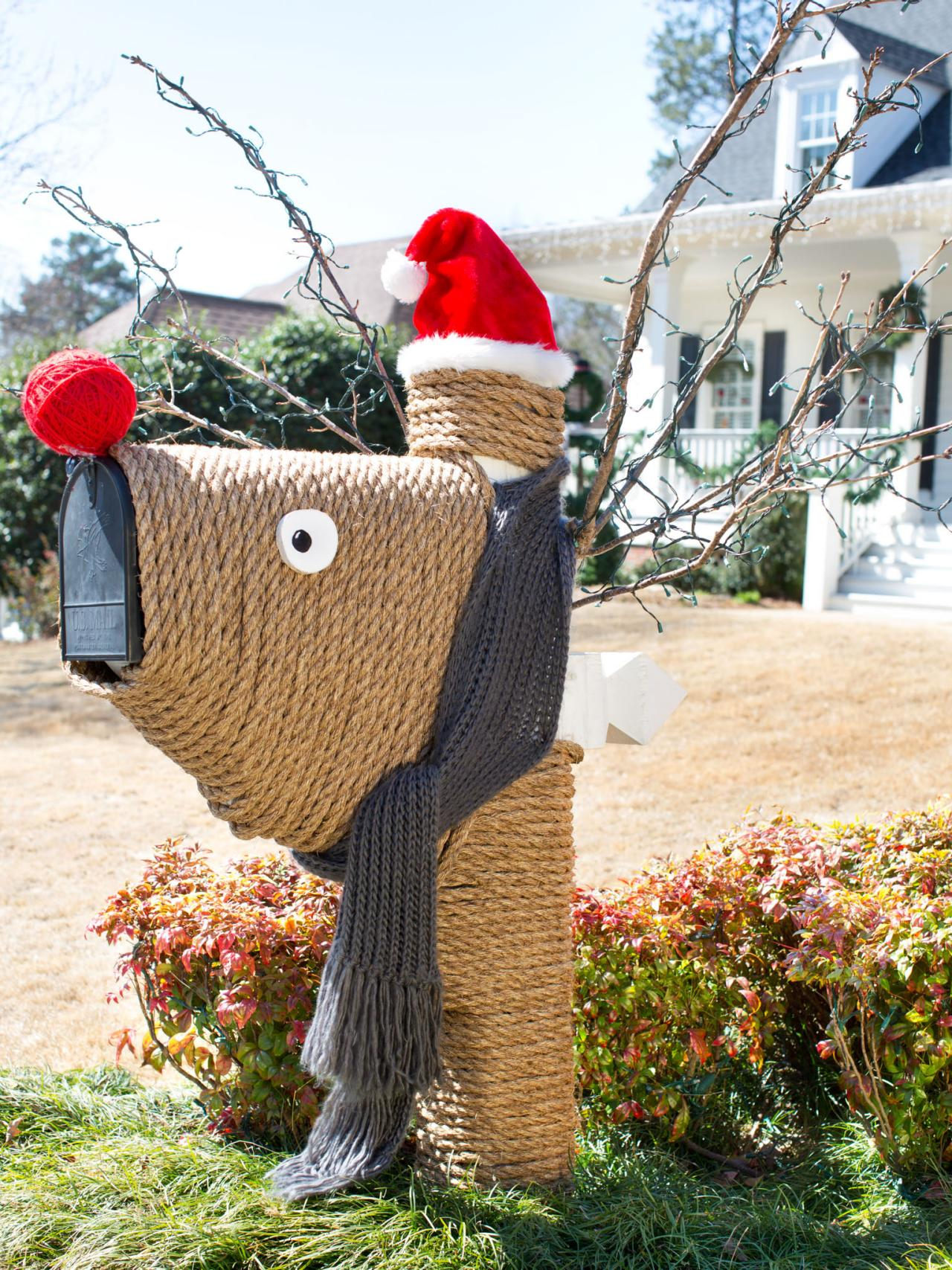 Give Your Mailbox a Holiday Makeover With a Rope Reindeer