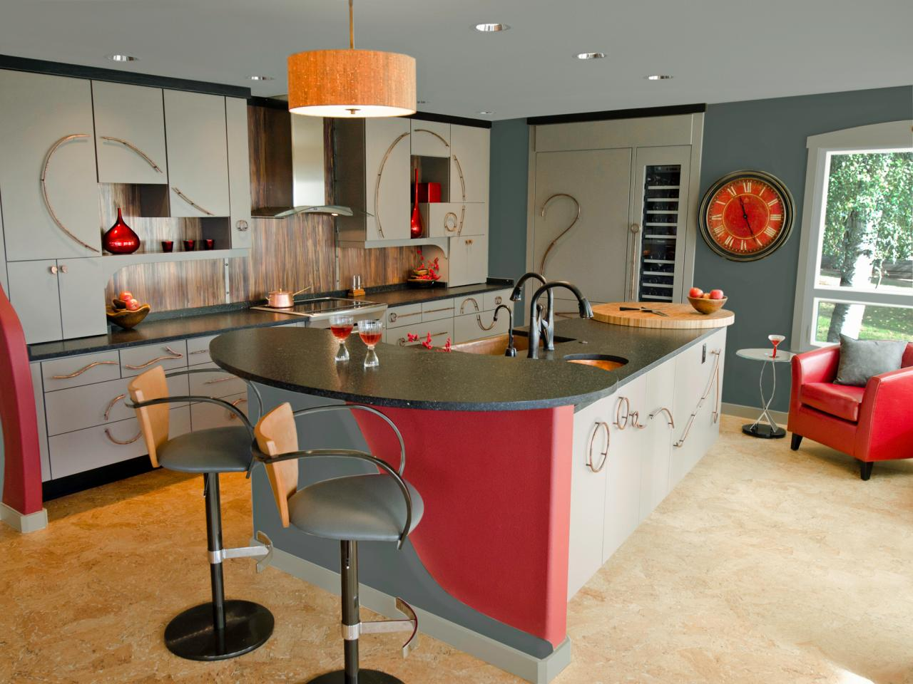 Best colors to paint a kitchen pictures ideas from hgtv for Red wall kitchen ideas