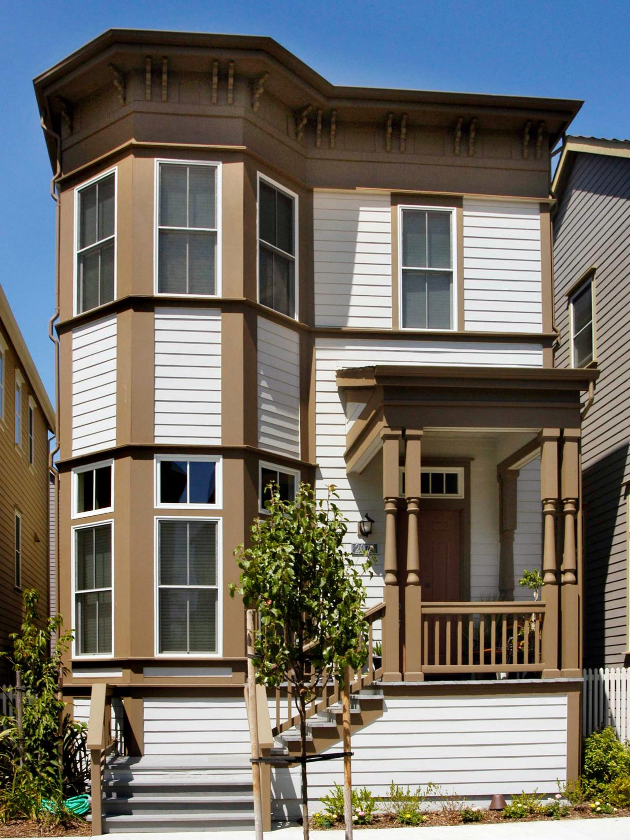 Homes With Bay Windows : Victorian row house with two level bay windows hgtv