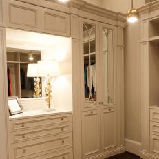 Extravagant White Master Bedroom Closet