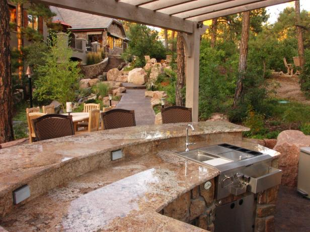 Traditional Outdoor Kitchen Surrounded by Nature