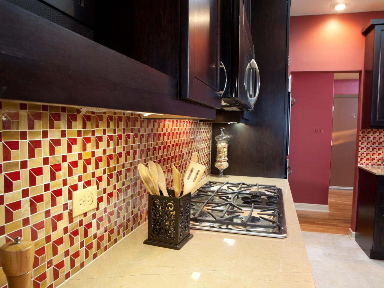 Cool Backsplash Patterns Pictures Ideas Tips From Hgtv Hgtv Beutiful Home Inspiration Truamahrainfo