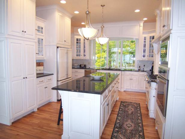 U-Shaped Kitchen Design Ideas: Pictures & Ideas From HGTV | HGTV on u shaped kitchen island, u shaped kitchen microwave, u shaped kitchen kitchen, u shaped kitchen apron sink, u shaped kitchen cabinets,