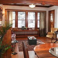 Captivating Craftsman Style Living Room With Classic Woodwork