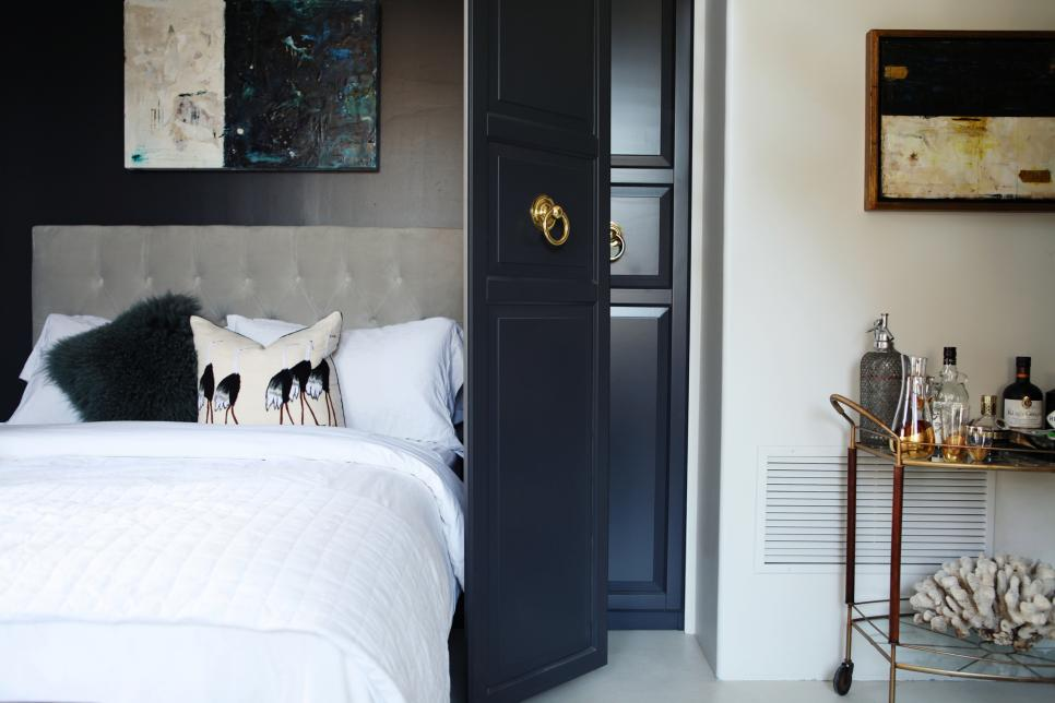 12 Ways to Fake a Bedroom - Murphy Bed Designs | HGTV